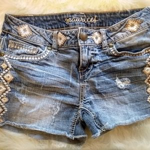 Denim cut off shorts with embroidery detail